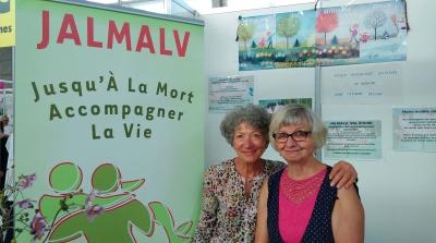 Lors du forum des associations de Domont, Henriette et Françoise tenaient le stand, comme chaque année, avec toujours la même bonne humeur.